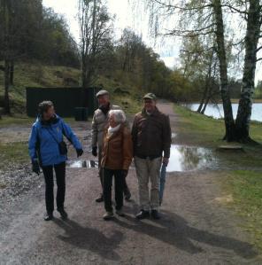 Noen av de ivrigste deltagerne på stien langs Bogstadvannet.